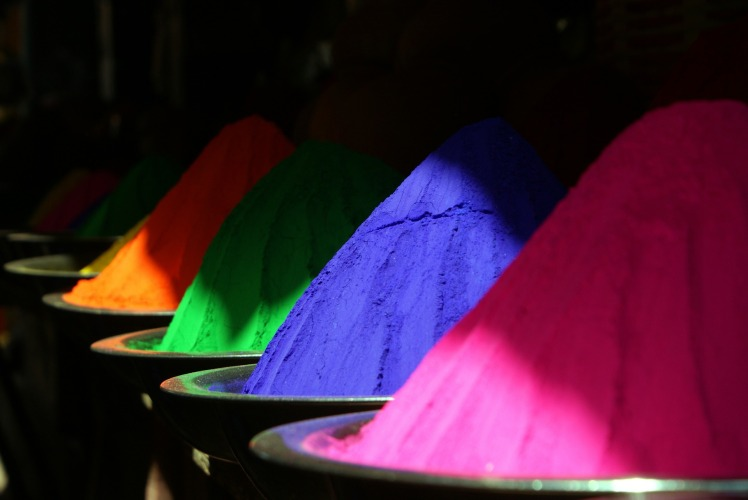 color-300343_1920